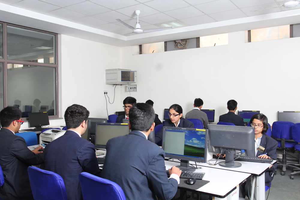 Students learning various computer languages.